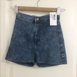Acid wash American Apparel easy shorts